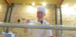 chef sunny prepares amuse bouche at naked fish