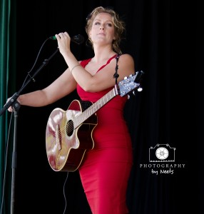 Melody Pulsipher performing at the 2013 IAMA Free Folk & Bluegrass Festival.