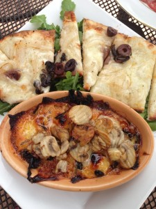 wood-oven baked fontina at Honeycomb Grill