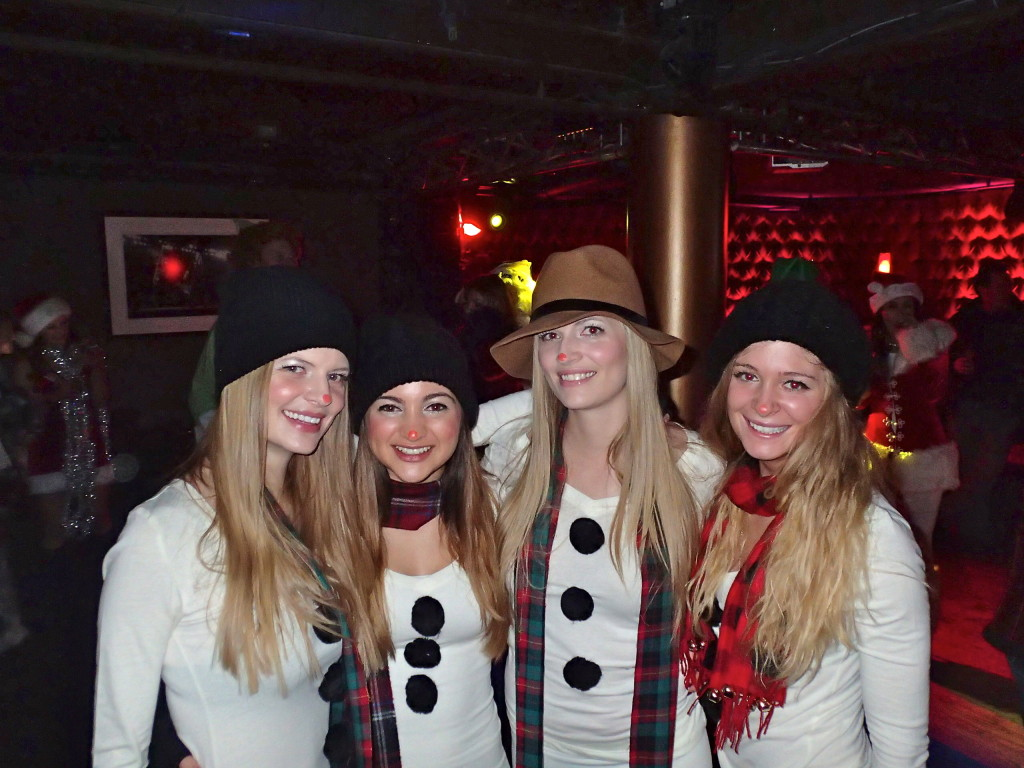 Park City: The Santa Pub Crawl