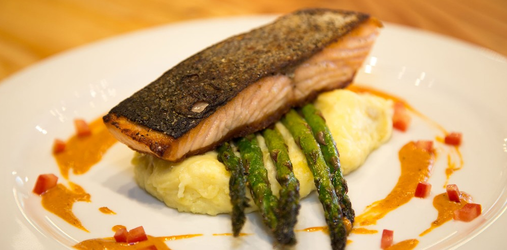 The salmon entree, which we didn't get to order (photo from the restaurant website).