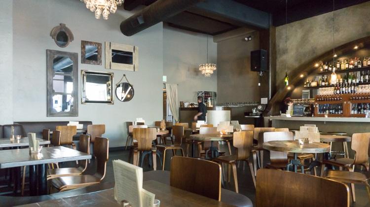 Btg Wine Bar Slc S Maturing Bar Scene The Utah Review