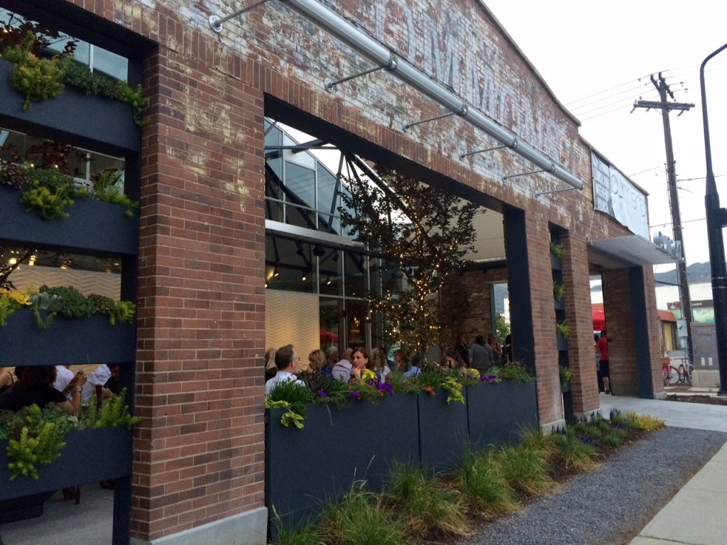 Current Fish And Oyster exterior