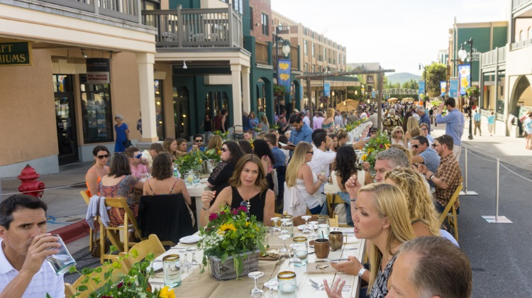 savor the summit main street in 2015