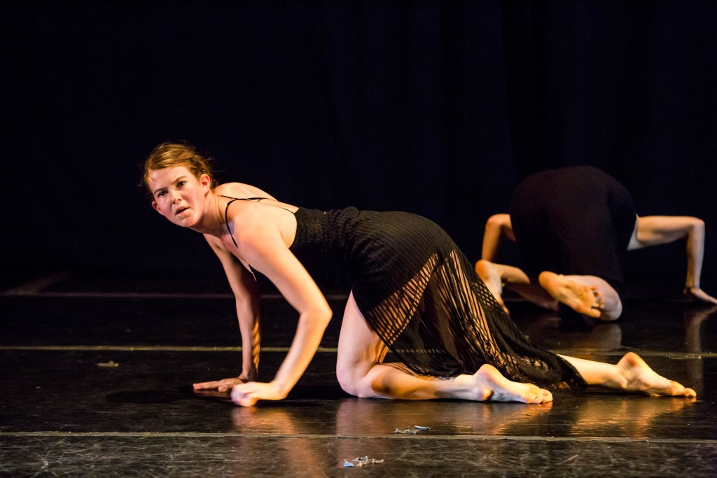ate9 Dance Company. Photo: Cheryl Mann Productions.