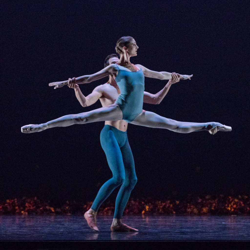 Principal Emily Adams and Chase O'Connell in Jiří Kylián's Return to a Strange Land. Photo by Beau Pearson.